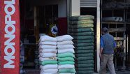 Cae el precio del cemento en Bolivia